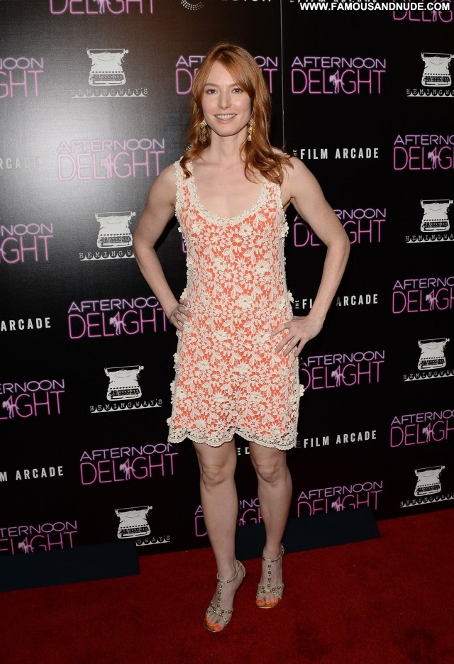 Alicia Witt Beverly Hills Gorgeous Celebrity Sexy Nice Posing Hot