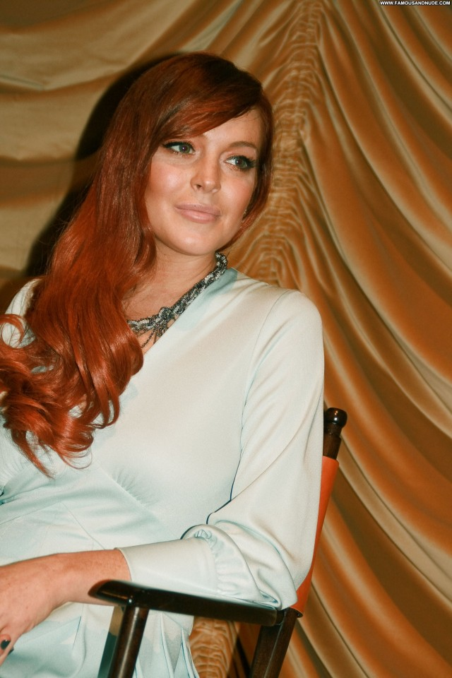 Lindsay Lohan President Gorgeous Sultry Nice Stunning Hot Beautiful