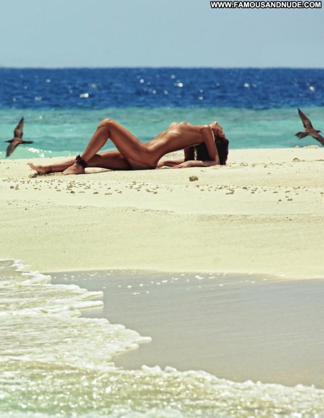 Isabelli Fontana Photo Shoot Beautiful Posing Hot Cute Gorgeous
