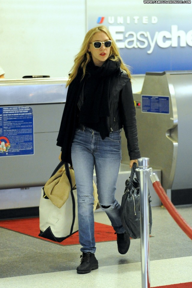 Chloe Sevigny Lax Airport Lax Airport Sensual Sultry Celebrity Nice
