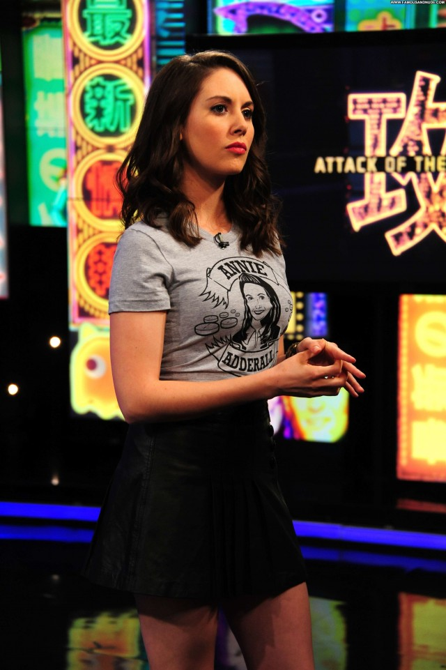 Alison Brie Mtv S Trl Nice Sultry Beautiful Gorgeous Celebrity Doll