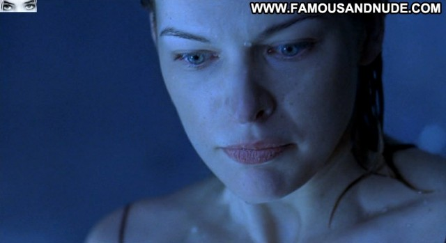 Milla Jovovich Resident Evil Brunette Nice Stunning Small Tits Skinny