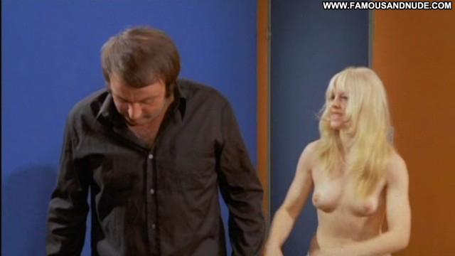 Britt Corvin Blutjunge Masseusen Sexy International Blonde Medium