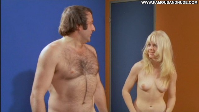 Britt Corvin Blutjunge Masseusen Sensual Blonde Celebrity Medium Tits