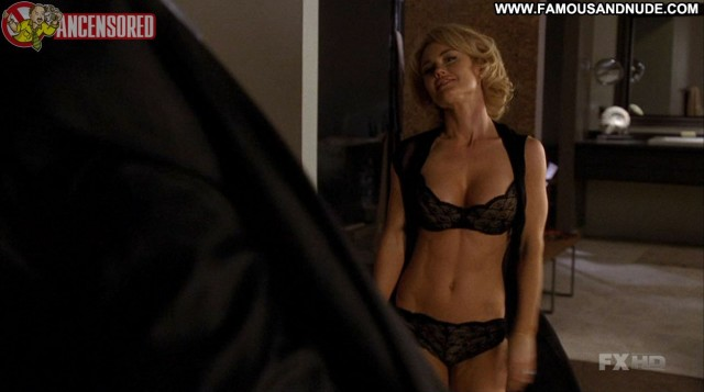 Kelly Carlson Nip Tuck Celebrity Beautiful Posing Hot Cute Medium