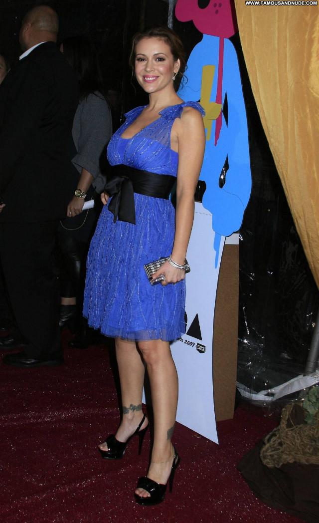 Alyssa Milano Palm Springs Nice Celebrity Pretty Posing Hot Sensual