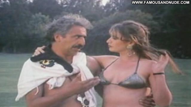 Jaquelinne Goldsmith Futbol De Alcoba Big Tits Nice Posing Hot Sexy