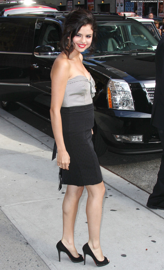 Selena Gomez New York Sexy Nice Pretty Sultry Celebrity Stunning Hot