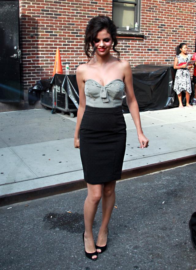 Selena Gomez New York Nice Pretty Celebrity Hot Sultry Sexy Stunning
