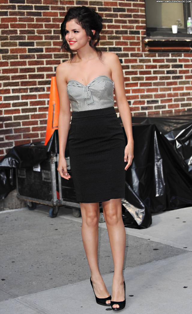 Selena Gomez New York Stunning Hot Sexy Sultry Pretty Nice Celebrity