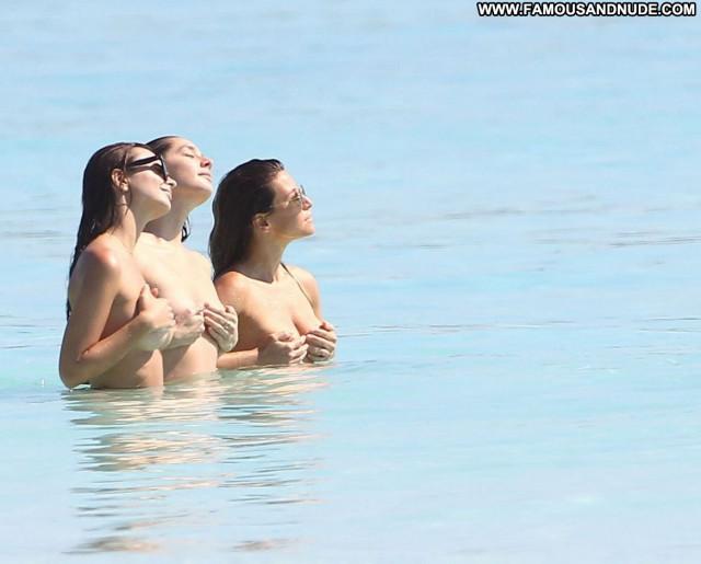 Emily Ratajkowski No Source Celebrity Topless Beautiful Babe