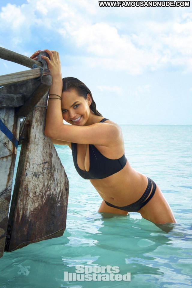 Chrissy Teigen Sports Illustrated Swimsuit Celebrity Sports Swimsuit