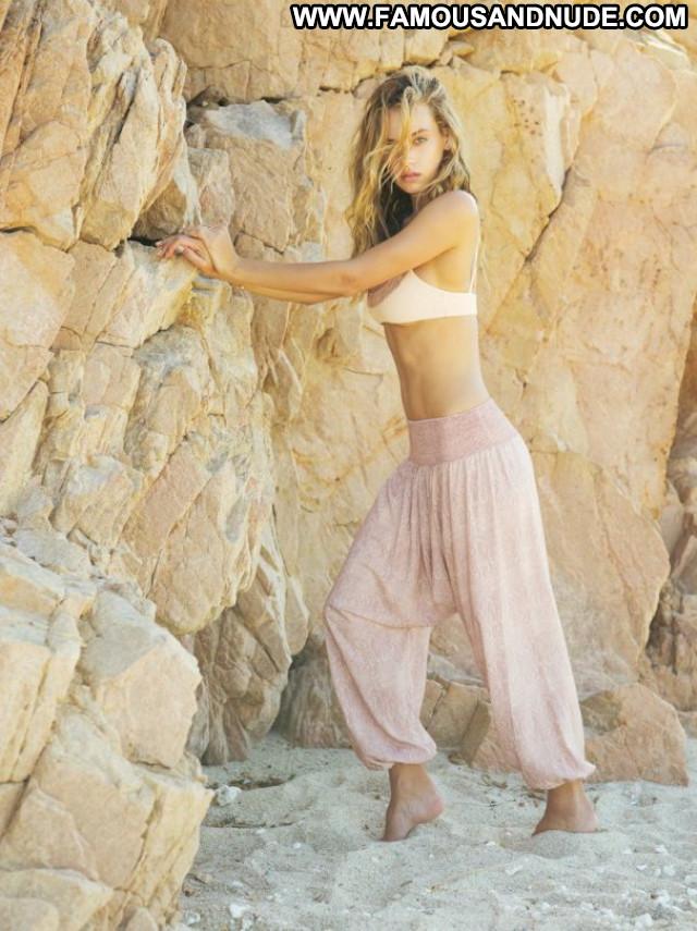 Hannah Ferguson Celebrity Posing Hot Babe Beautiful Sexy