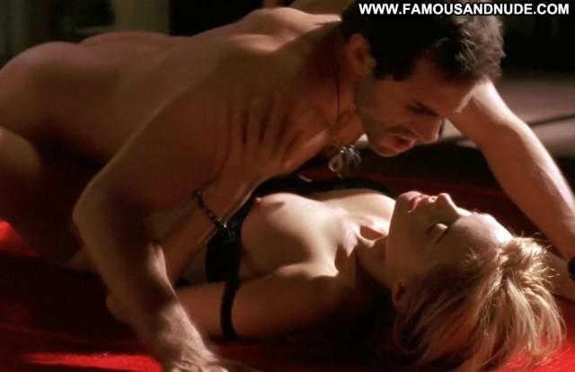 Heather Graham Sex Scene Nude Sex Scene Sex Beautiful Celebrity