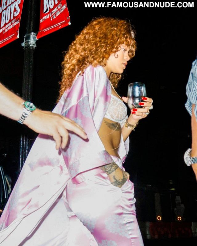 Rihanna No Source Babe Candids Celebrity Posing Hot See Through