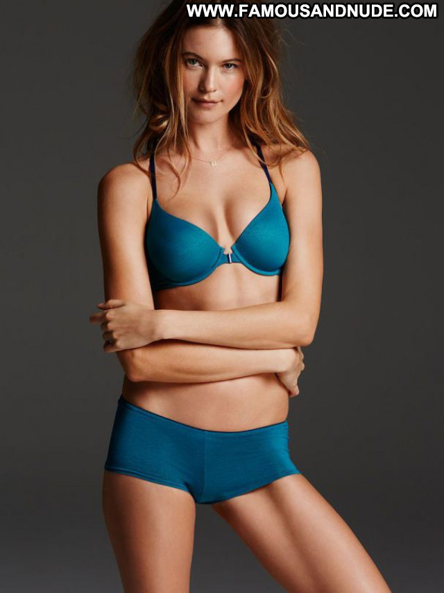 Behati Prinsloo No Source Posing Hot Beautiful Celebrity Babe