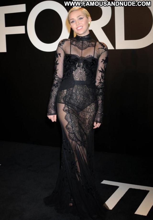 Miley Cyrus Fashion Show Posing Hot Beautiful Babe Fashion Celebrity
