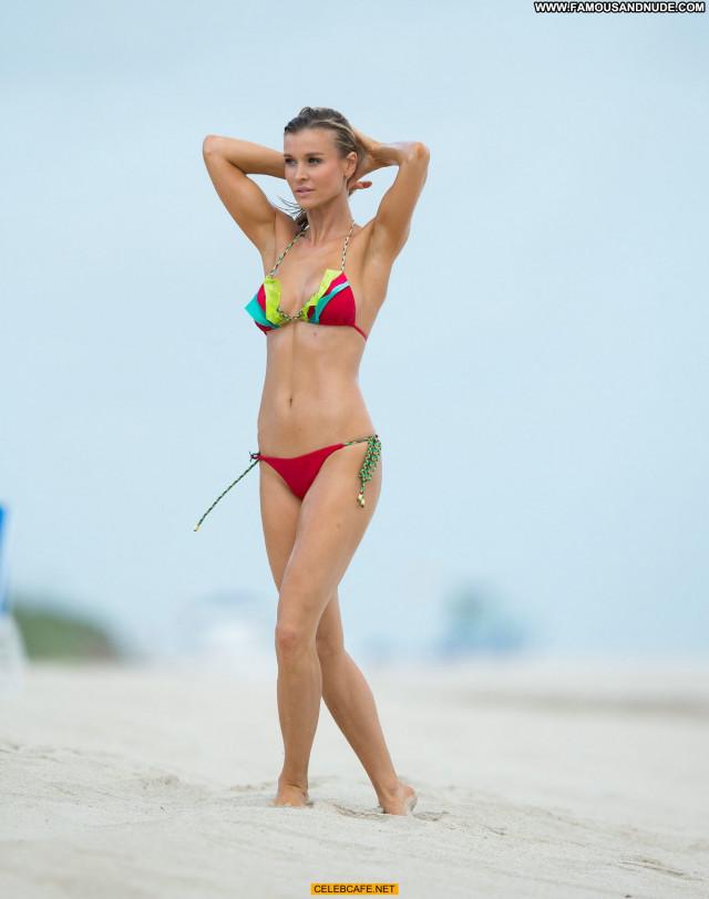 Joanna Krupa Miami Beach Candid Beach Celebrity Posing Hot Beautiful