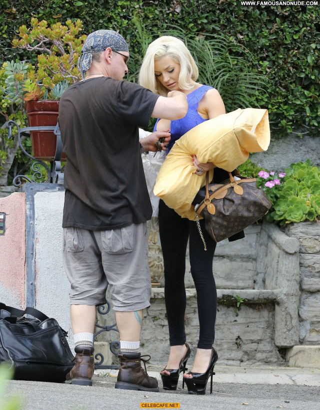 Courtney Stodden No Source Areola Slip Cleavage Posing Hot Babe