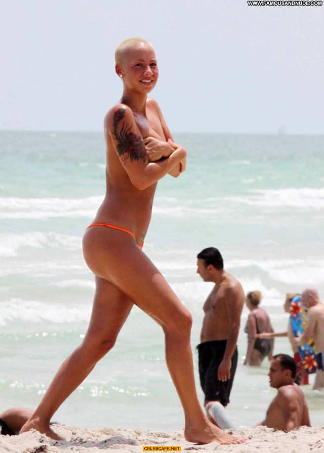 Amber Rose No Source Celebrity Topless Posing Hot Toples Babe Beach
