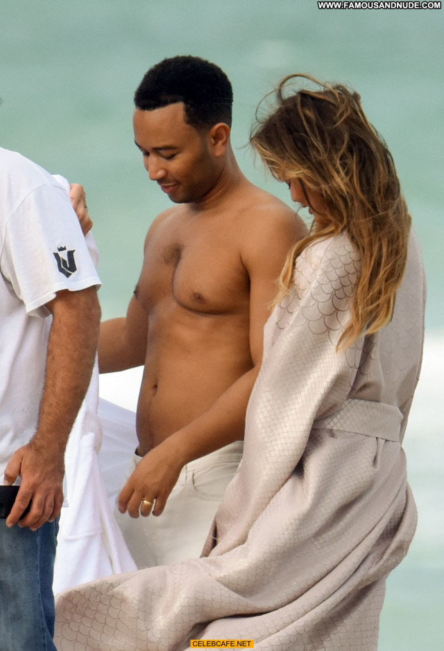Chrissy Teigen Miami Beach Posing Hot Topless Toples Babe Beach