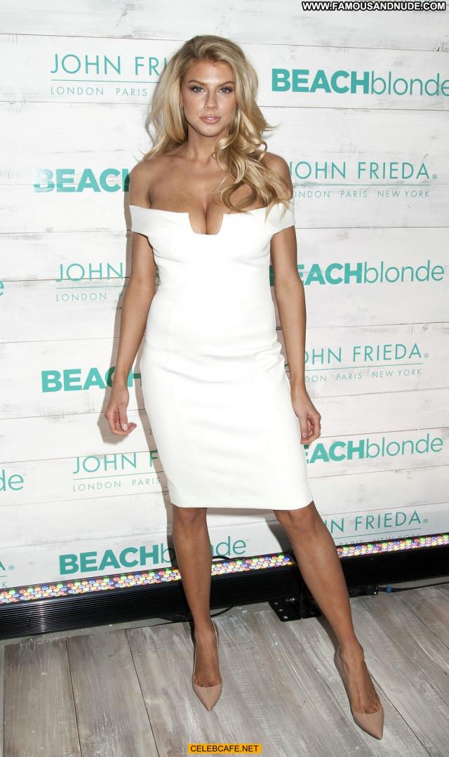 Charlotte Mckinney No Source Beautiful Babe Legs Celebrity Posing Hot