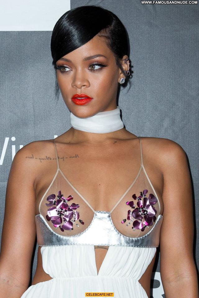 Rihanna No Source Babe Nipples Celebrity Beautiful Hollywood Posing