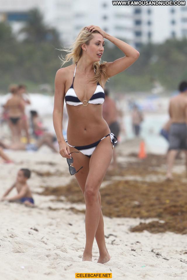 Lauren Stoner No Source  Babe Celebrity Bikini Posing Hot Beautiful