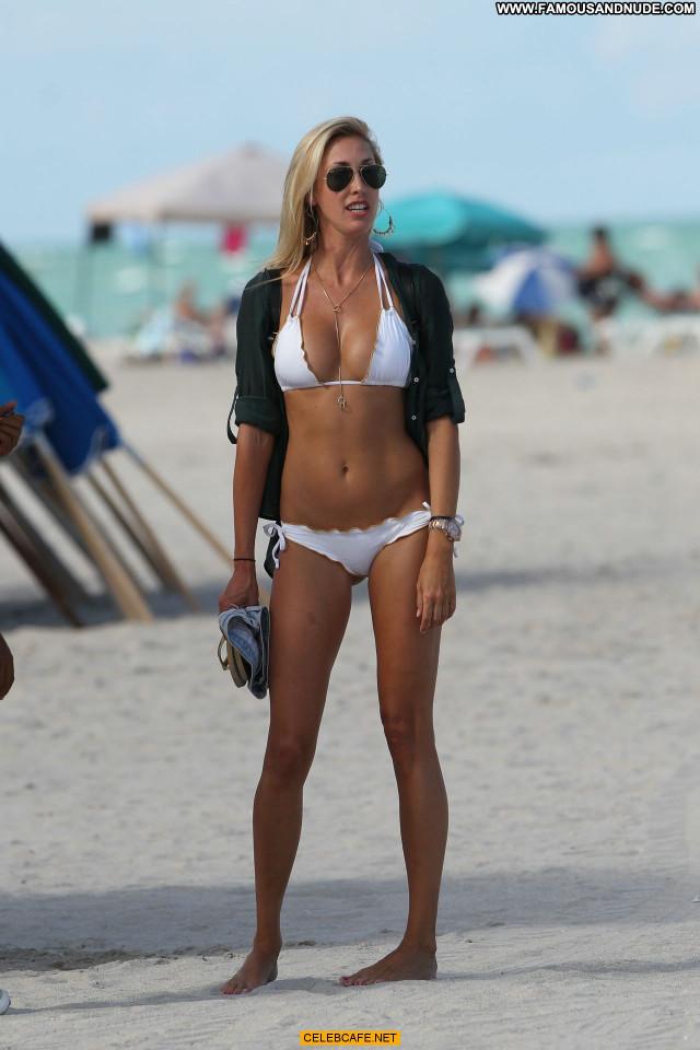 Lauren Stoner Miami Beach Posing Hot Beautiful Beach Babe Celebrity