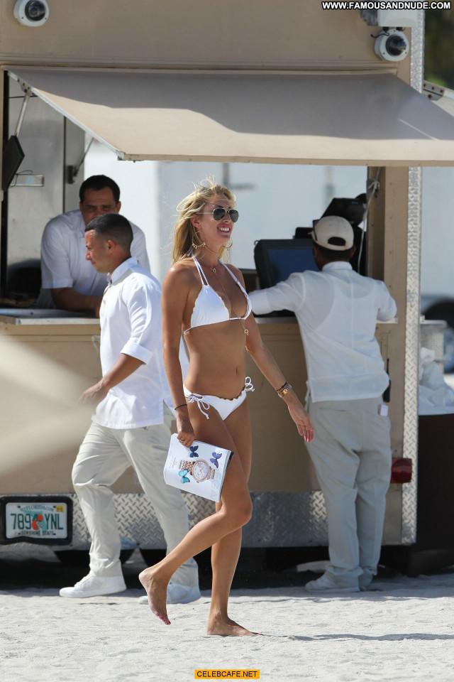 Lauren Stoner Miami Beach Bikini Babe Beach Posing Hot Beautiful