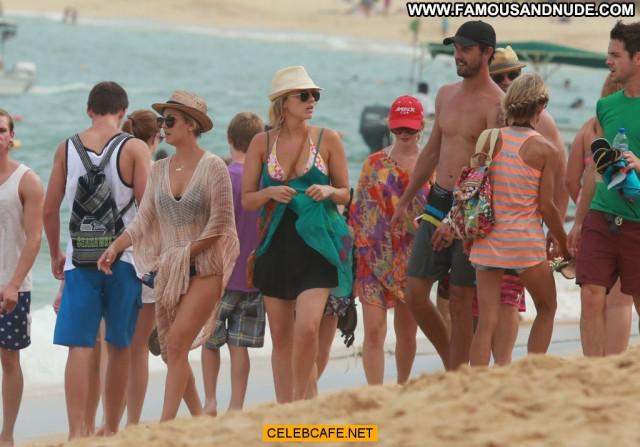 Kaley Cuoco No Source  Beautiful Pool Celebrity Bikini Babe Mexico