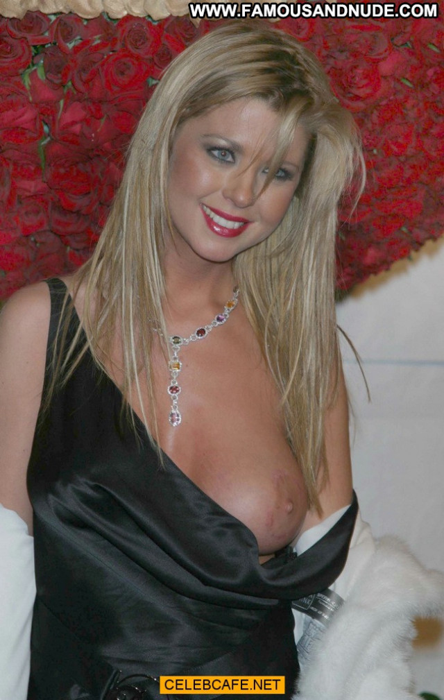Tara Reid No Source Posing Hot Babe Party Celebrity Oops Boob Out