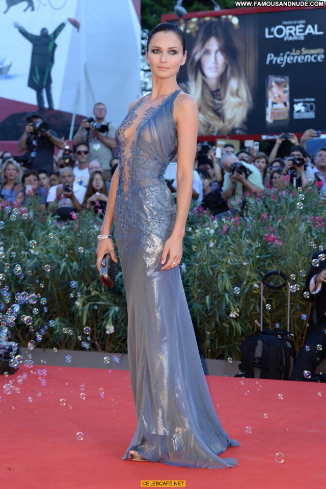 Anna Safroncik No Source See Through Babe Celebrity Beautiful Posing