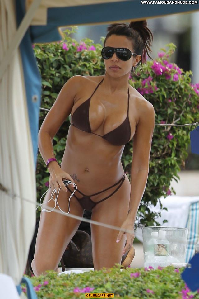 Vida Guerra No Source Babe Posing Hot Beautiful Cleavage Bikini