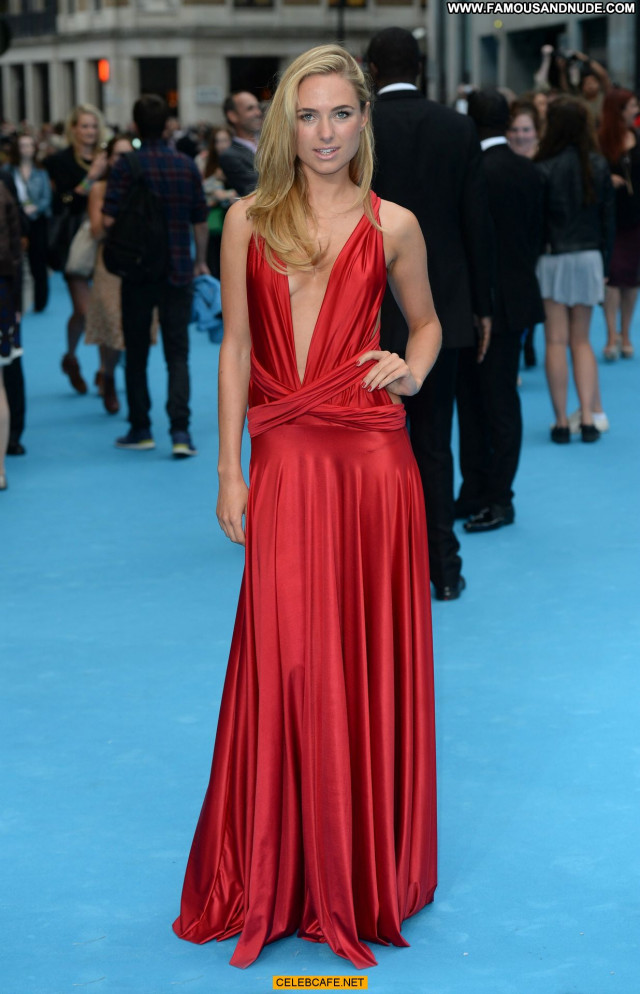 Kimberley Garner No Source  London Celebrity Beautiful Side Of Boob
