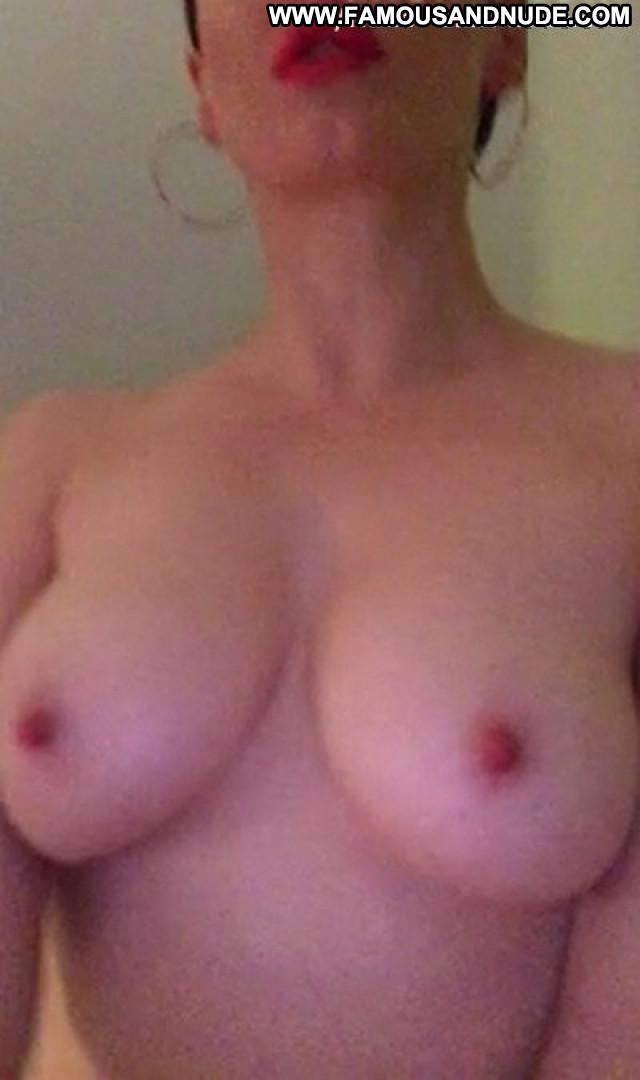 Rose Mcgowan Sex Tape Posing Hot Celebrity Male Celebrity Sex Nude