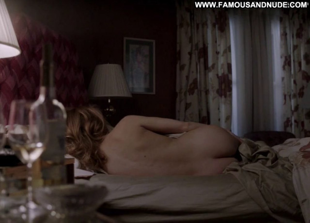Keri Russell The Americans Posing Hot American Bed Bar Spa Babe