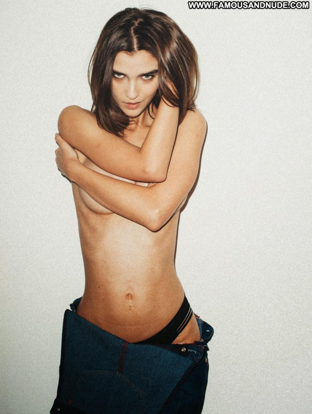 Paula Bulczynska Emanuele Ferrari Topless Beautiful Big Tits