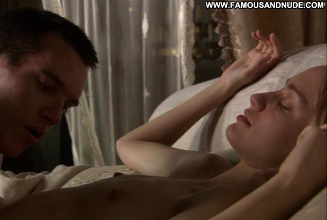 Ruta Gedmintas The Tudors Posing Hot Bed Male Breasts Bedroom Nipples