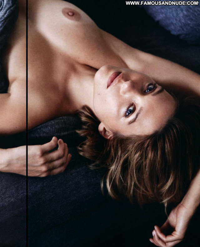 Lea Seydoux Midnight In Paris Sexy French Toples Magazine Old Bar