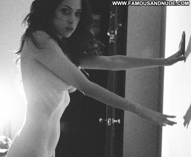 Kelly Cunningham Black And White Nude Sexy Actress Ass Beautiful Full