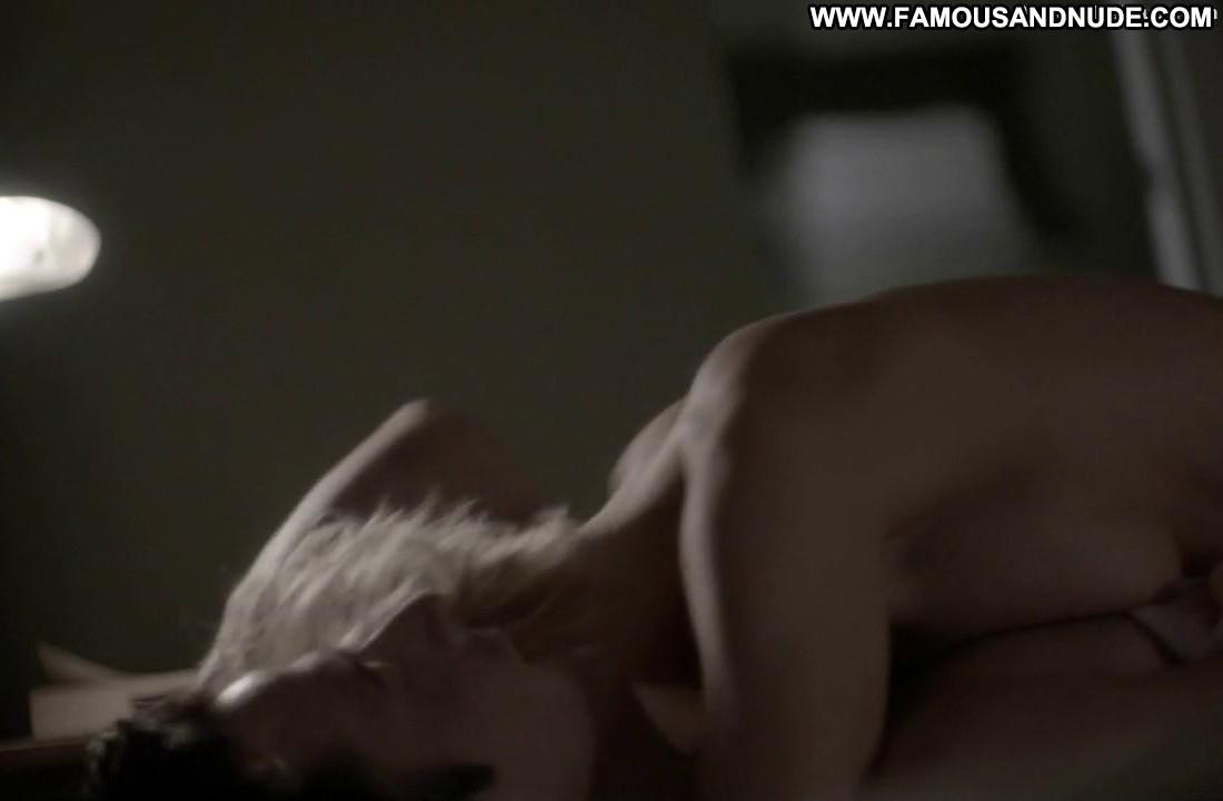 Topless kathleen robertson Kathleen Robertson