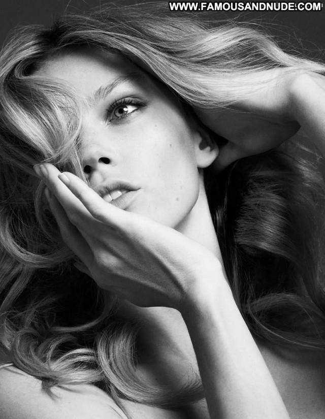 Masha Novoselova No Source  Russian Shy Breasts Bar Babe Fashion