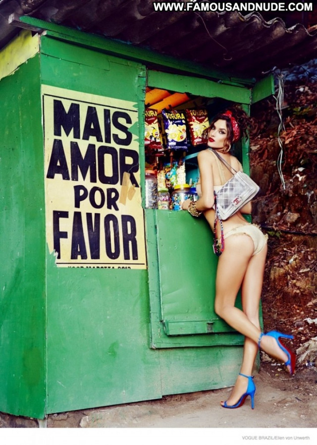 Vogue Vogue Brazil Paparazzi Bra Beautiful Babe Celebrity Posing Hot