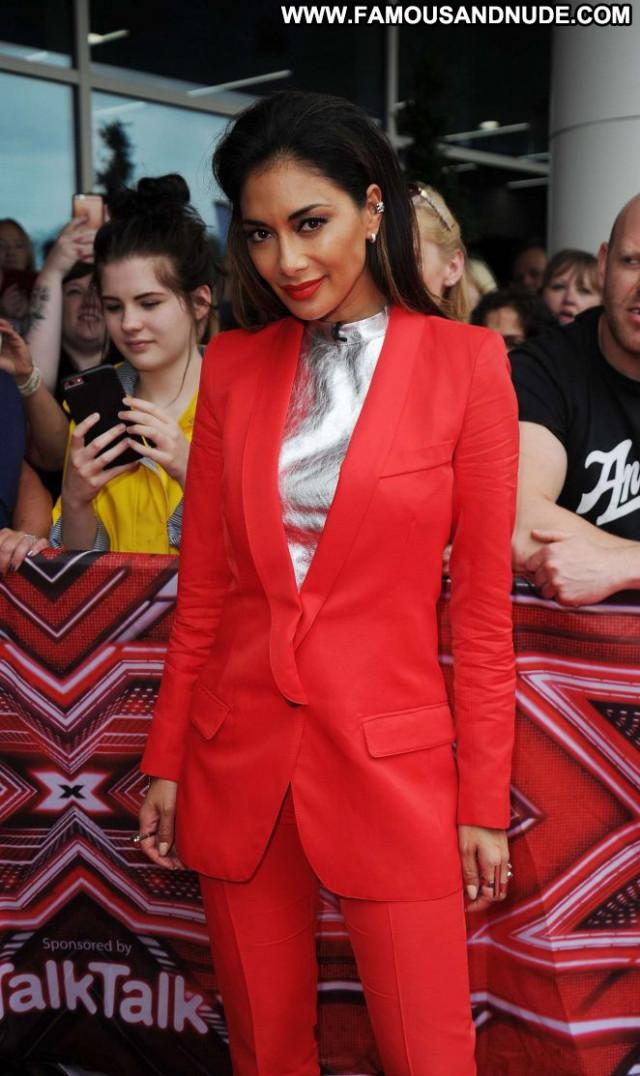 Nicole Scherzinger The X Factor Audition Celebrity Posing Hot