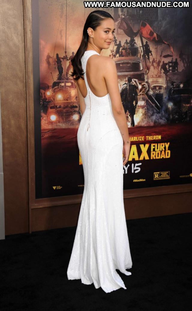 Courtney Eaton Hollywood Celebrity Paparazzi Posing Hot Beautiful