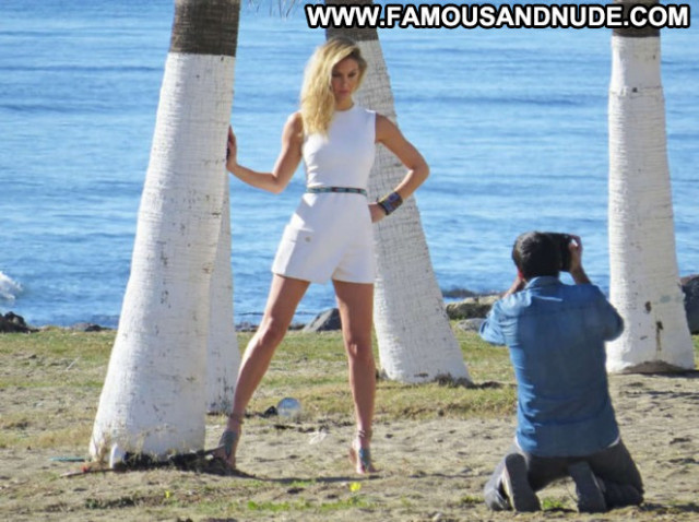 Photos Photoshoot Babe Posing Hot Paparazzi Beautiful Celebrity