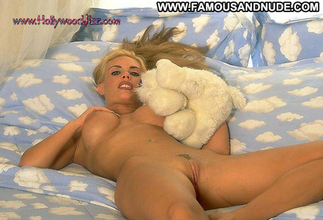 Celebrities Nude Celebrities Sexy Celebrity Celebrity Hot Famous Babe