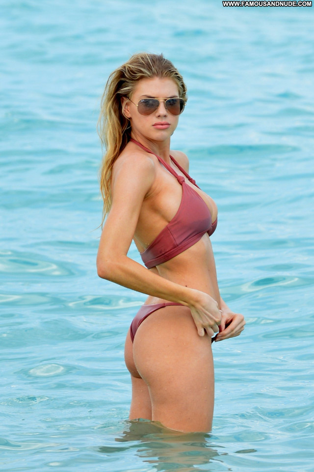 Charlotte Mckinney No Source Nude Candids Old Celebrity Candid Posing