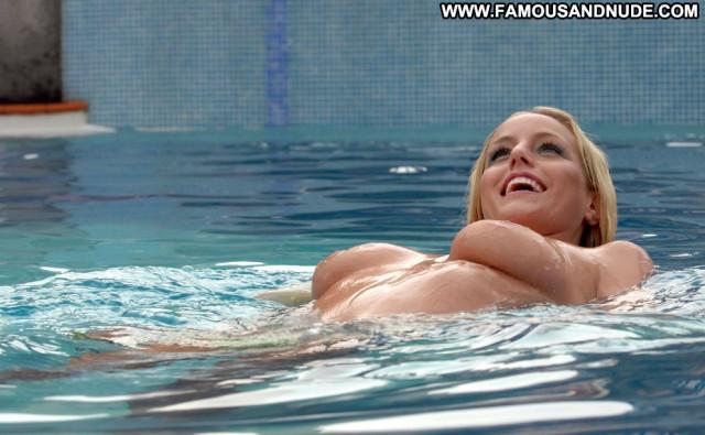 Danielle Mason No Source Topless British Model Posing Hot Wedding